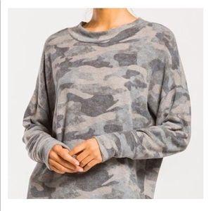 💥NEW💥Camo Print Sweatshirt